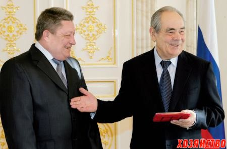 Награда из рук президента Татарстана М.Ш. Шаймиева
