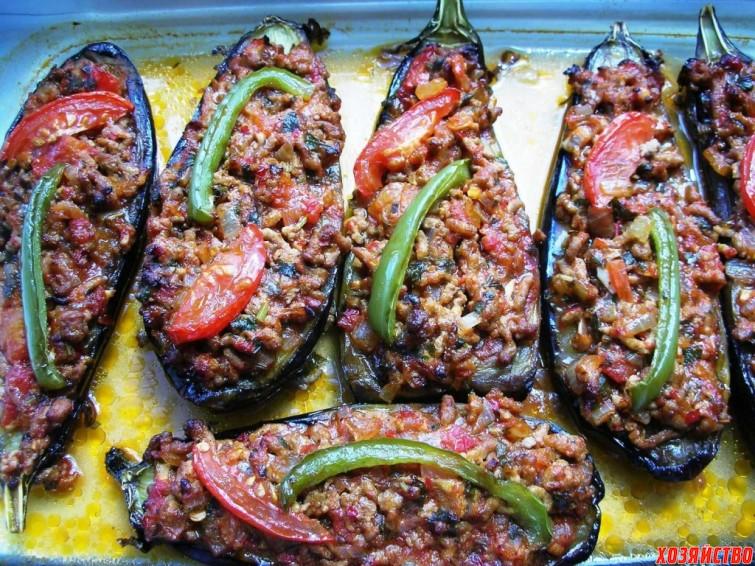 Баклажаны, фаршированные мясом, по-турецки.jpg