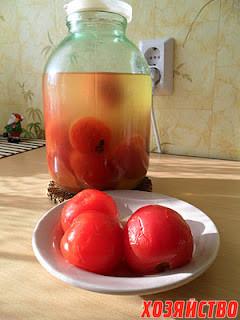 Соленые помидорки.JPG