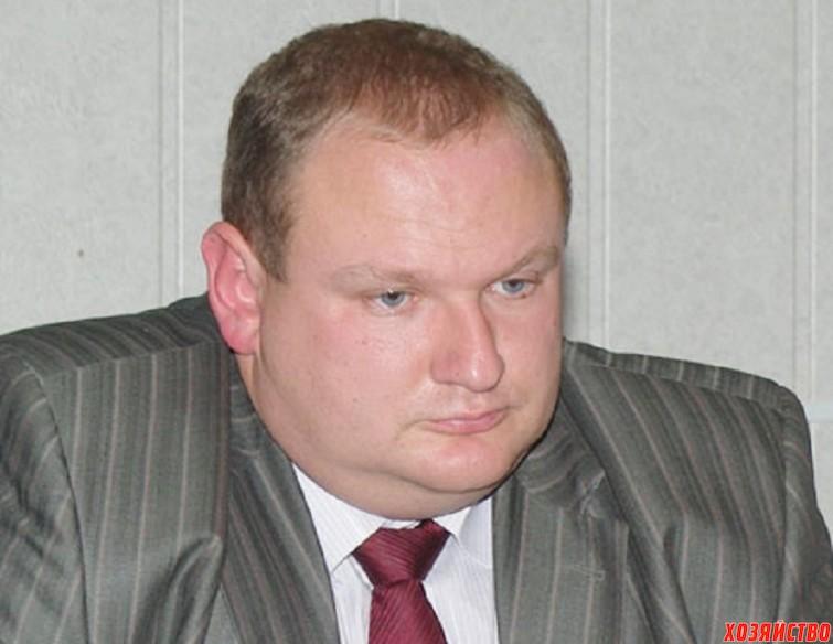 Дмитрий Крутских уверяет, что его ежемесячный доход - 3300 рублей.jpg