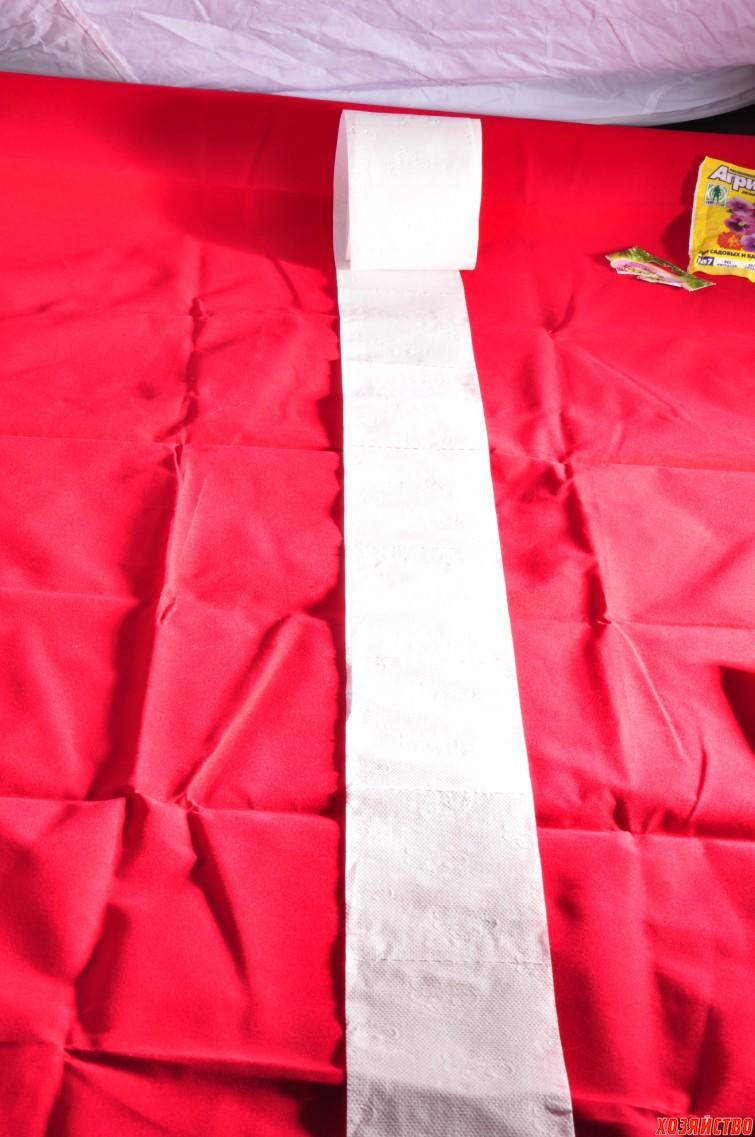 2. Раскатали рулон на столе.jpg