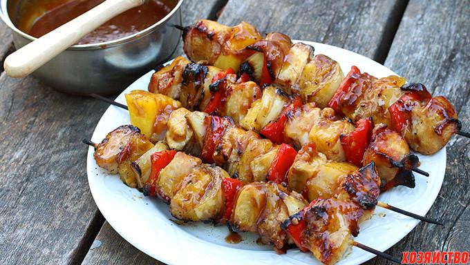 Куриные шашлычки с беконом и ананасом.jpg