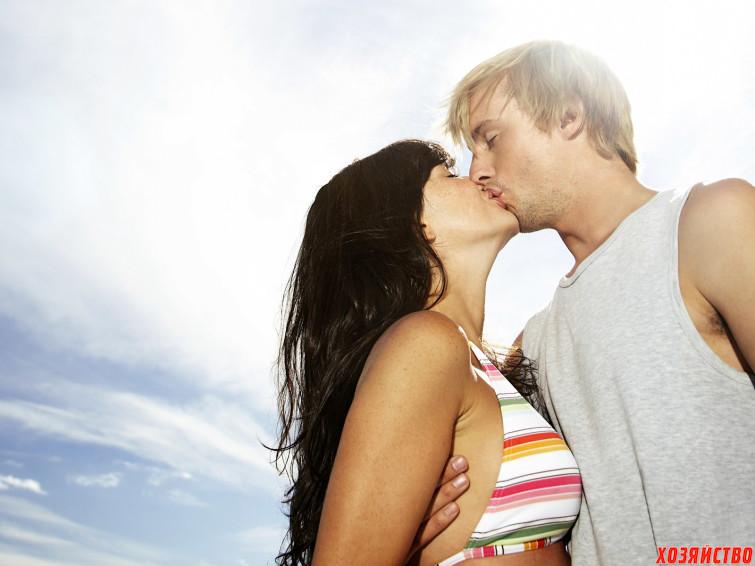 hot-kiss-wallpapers-for-desktop-23.jpg