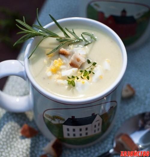 Суп из цветной капусты протертый с сухариками