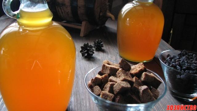 kvas medoviy s izumom.jpg