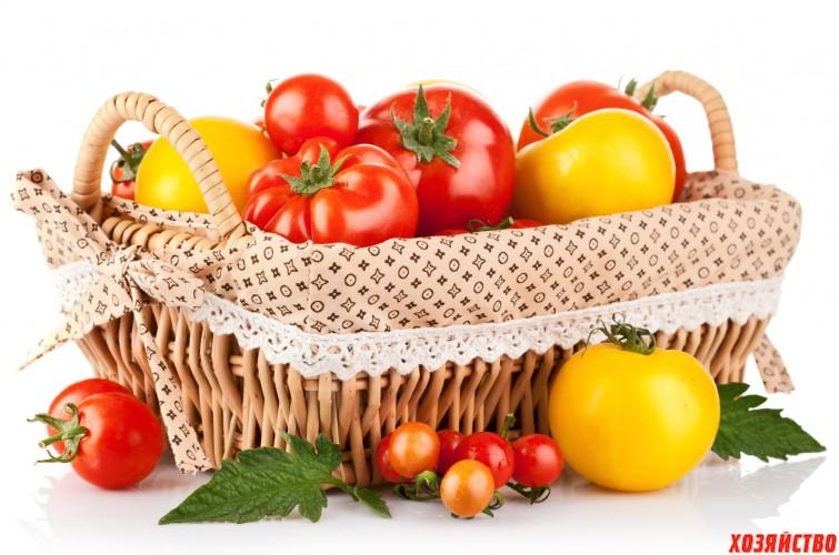 корзина с помидорами.jpg