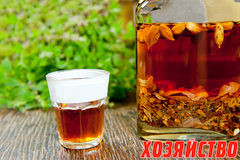 herbal-tincture-glass-herb-bottle-33046969.jpg
