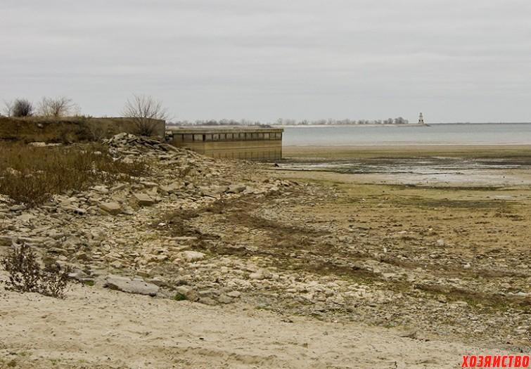 Цимлянское водохранилище уже сегодня напоминает Орла..jpg