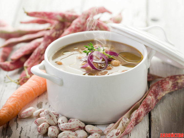 Суп с фасолью и ветчиной.jpg