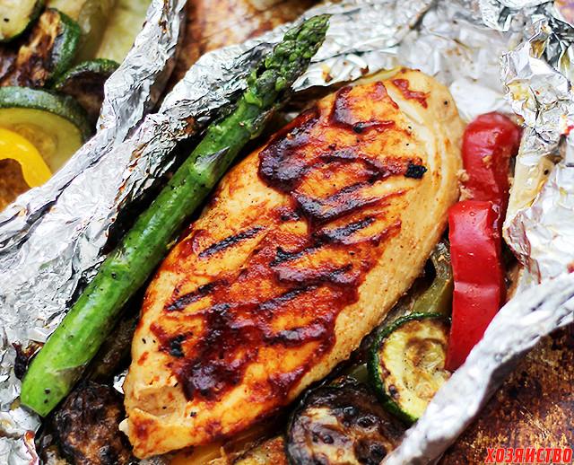 Жареный цыпленок и овощи в фольге_02.jpg