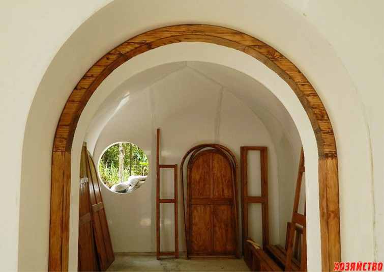 hobbit-holes-eco-friendly-houses-green-magic-homes-23.jpg