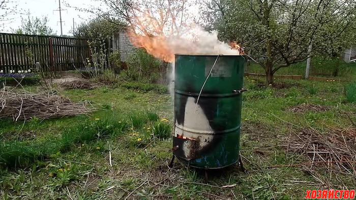 Печь для сжигания мусора на даче своими руками из бочки