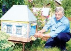 Люблю строить пчелам дворцы