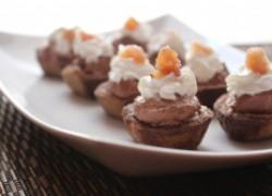 Корзинки из каштанов со взбитыми сливками и шоколадом