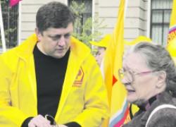 Олег ПАХОЛКОВ объявляет о начале сбора 100 тысяч подписей под заявлением «Требуем закон о детях войны»