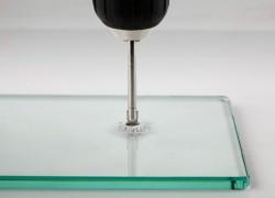 Как самостоятельно просверлить стекло