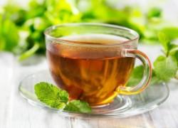 Чай как мульча в горшке с цветами