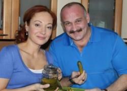 Виктория Тарасова: не могу жить без соленых огурцов