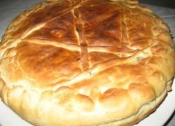 Луковник – слоеный пирог