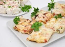 Горячая и холодная закуска из лаваша с колбасой и сыром