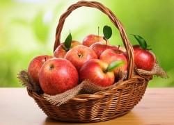 Хрен сохранит яблоки