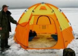 Зимняя палатка - важный атрибут рыбака