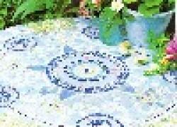 Старый мозаичный столик
