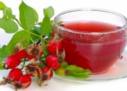 Чай из шиповника и мелиссы