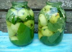 Моченые яблочки