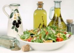 Самые вкусные и простые заправки для салатов