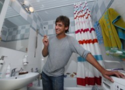 Михаил БАШКАТОВ: Учимся чистить зубы правильно