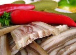 Вкуснейший деликатес из свиной шкурки: вам точно понравится!