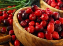 А вы знали, что клюкву называют журавлиной ягодой?