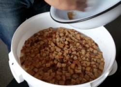 Хлебные остатки для огурцов сладки
