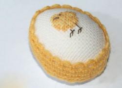 Необычное пасхальное яйцо с вышивкой