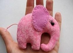 Милый слоненок из ткани