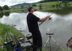 Фидерная рыбалка в августе