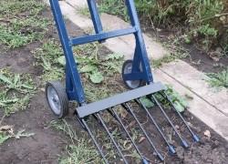 Мое изобретение – лопата-вилы на колесах