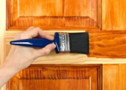 Как выбрать лак для деревянного пола