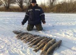 Мороз рыбаку только в помощь