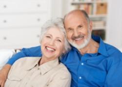 Как обезопасить пожилых родственников от мошенников