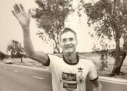 Как 61-летний мужчина победил в пятидневном марафоне на 875 км