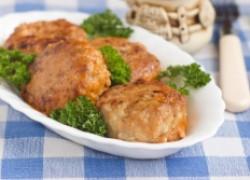 Свиные тефтели в сливочном соусе