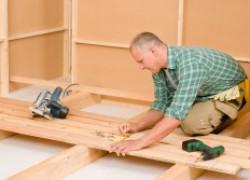 Что лучше: стяжка или деревянный пол?