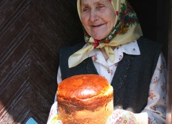 Забота бабушки бесценна