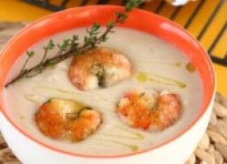 Суп–пюре из фасоли с креветками