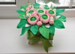 Коробочка с цветами к дню матери