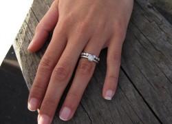 Измену женщины выдаст палец: ученые определяют по длине безымянного