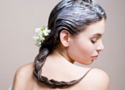 Пажитник превратит волосы в шелковый каскад
