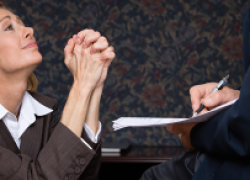 Когда работник имеет право на повышение зарплаты: новое решение суда